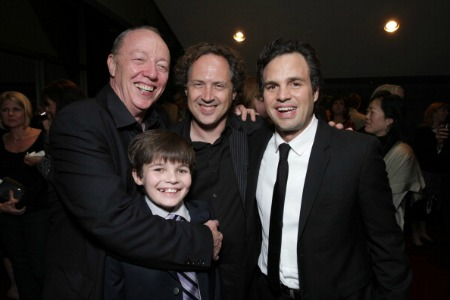 Diretor Terry George, Sean Curley, Compositor Mark Isham e Mark Ruffalo