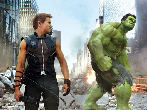 Hawkeye-and-Hulk-the-avengers-30632482-610-458