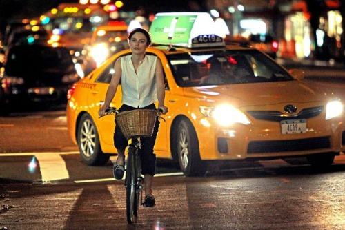 Keira+Knightley+rides+bike+set+latest+film+3wnx59MQx4_l