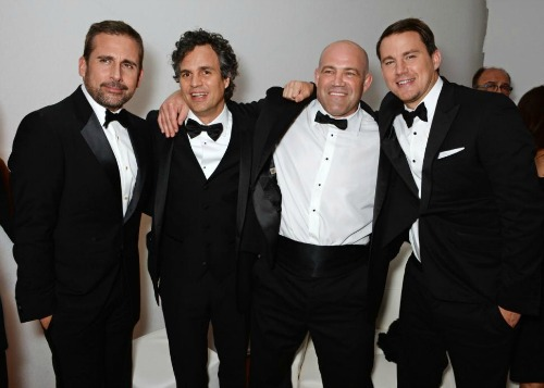 Steve Carell, Mark Ruffalo e Channing Tatum com Mark Schultz