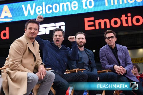 Jeremy-Renner-Mark-Ruffalo-Chris-Evans-Robert-Downey-Jr-Good-Morning-America-Times-Square-New-York-City-April-24-2015