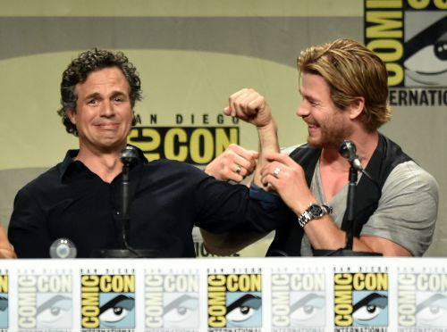 Mark-Ruffalo-Chris-Hemsworth-cracked-jokes-Marvel-panel